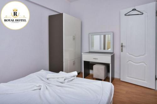 batch sarimsakli-royal-hotel-odalar-011